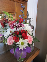 So Special Bouquet from Designs by Dennis, florist in Kingfisher, OK
